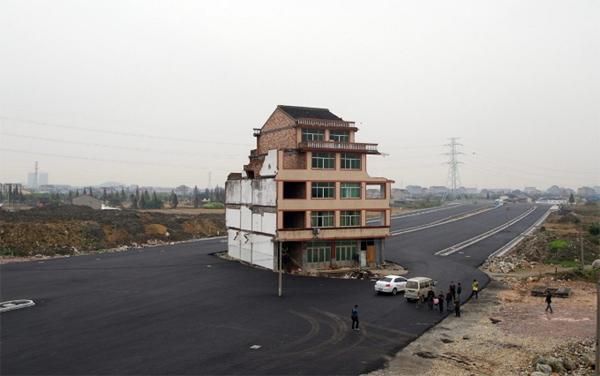Dům na dálnici